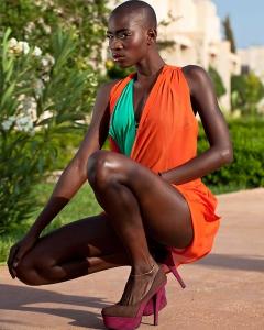 Mannequin Soda au shooting de mode pour la marque Myriem